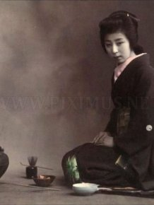 Vintage Photos of Japanese Geisha