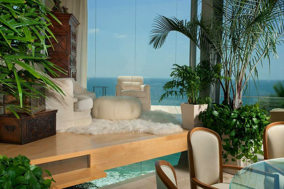 Luxurious mansion in Laguna Beach for $ 9,995,000, part 9995000