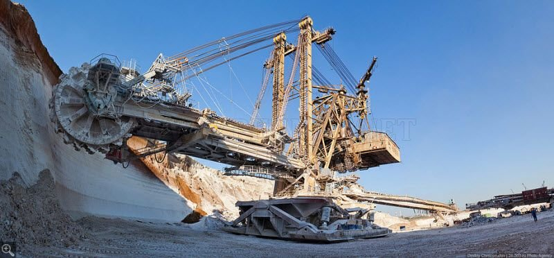 The Biggest Excavator - KU-800