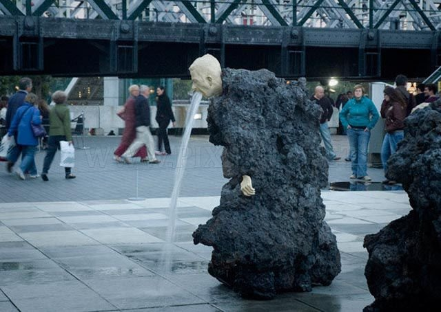 Weirdest Outdoor Sculptures on the Planet