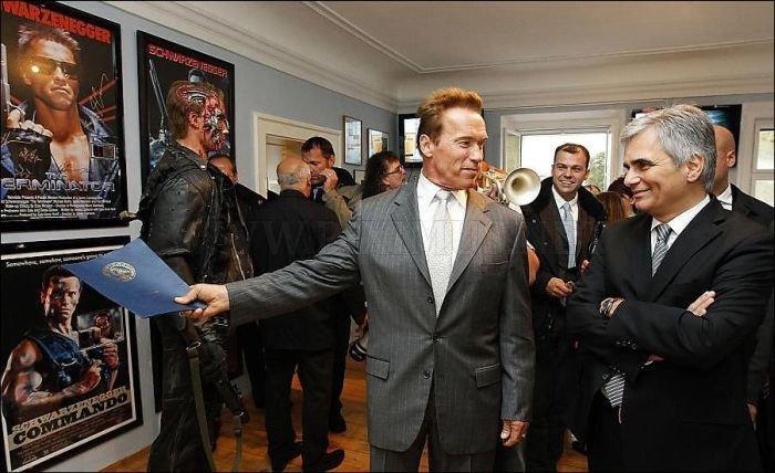 Arnold Schwarzenegger Visited Arnold Schwarzenegger Museum
