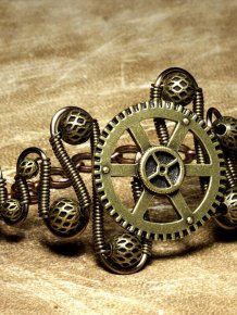 Jewelry in Steampunk Style