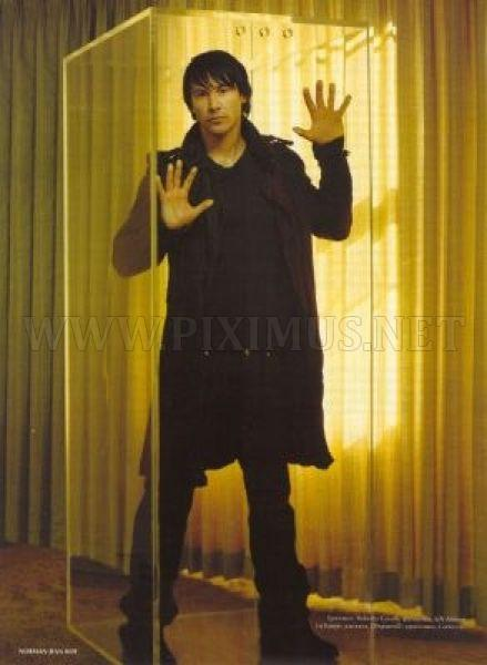 Some Awkward Pictures of Keanu Reeves