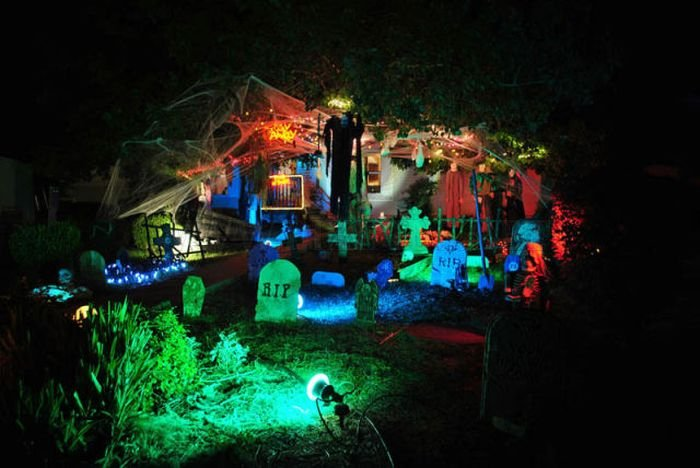 Great Halloween Front Yard Decorations