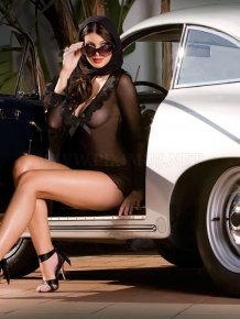 Dazzling Cora Skinner Models Lingerie