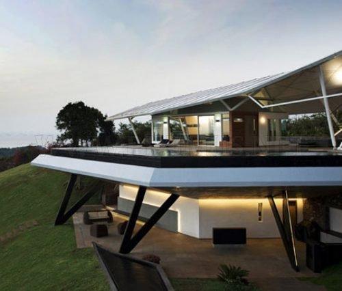 Avangard House