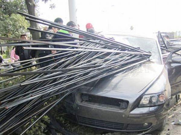 Very Bad Crash Vehicles