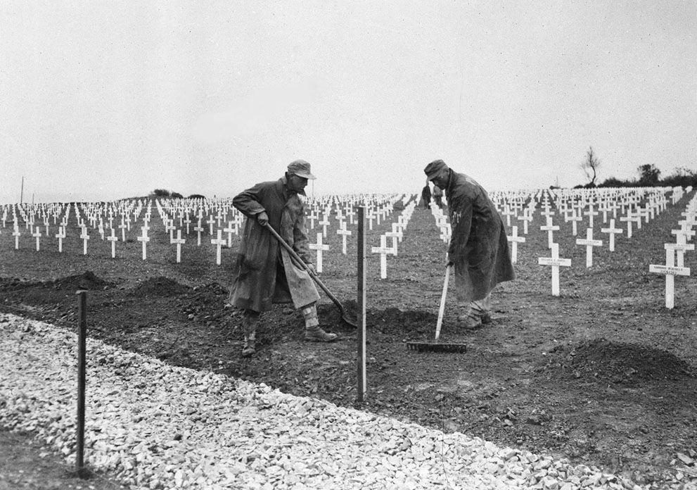Memorable Post World War II photos