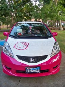 Hello Kitty Honda Fit 2010