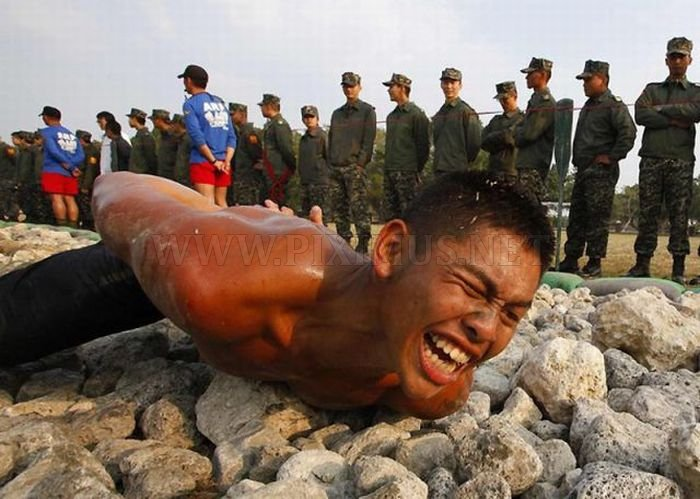 Taiwan Soldiers Training