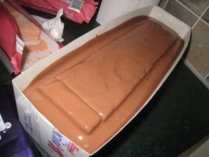 The Making of a Huge Kit Kat