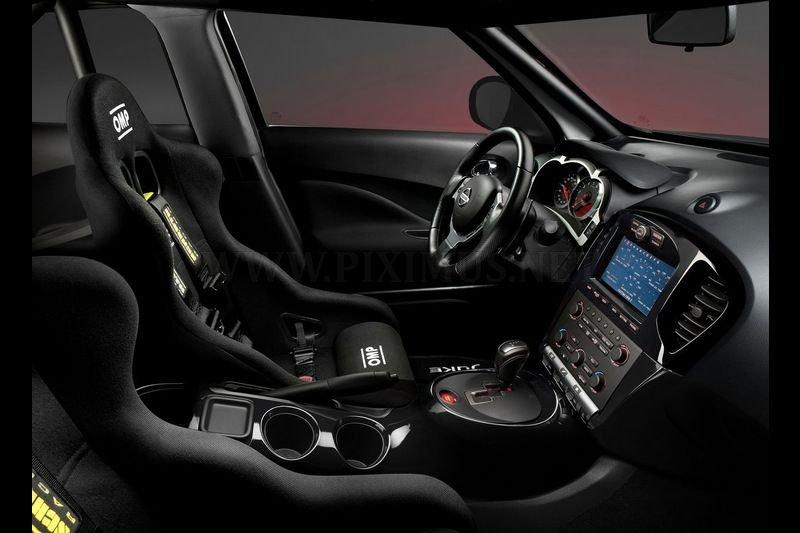 Nissan Juke-R