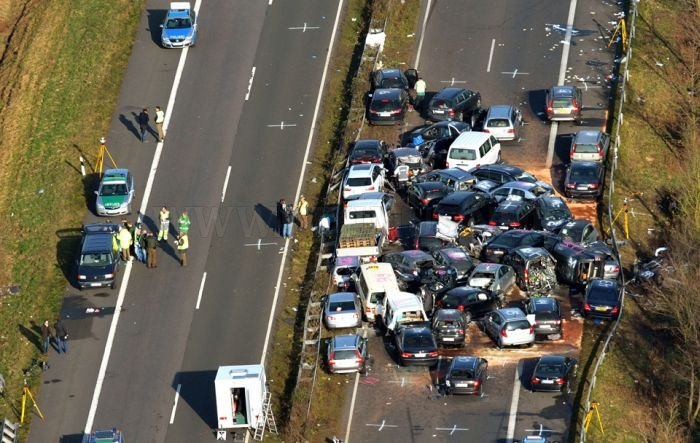 52-Vehicle Pile-up on a German Highway A31