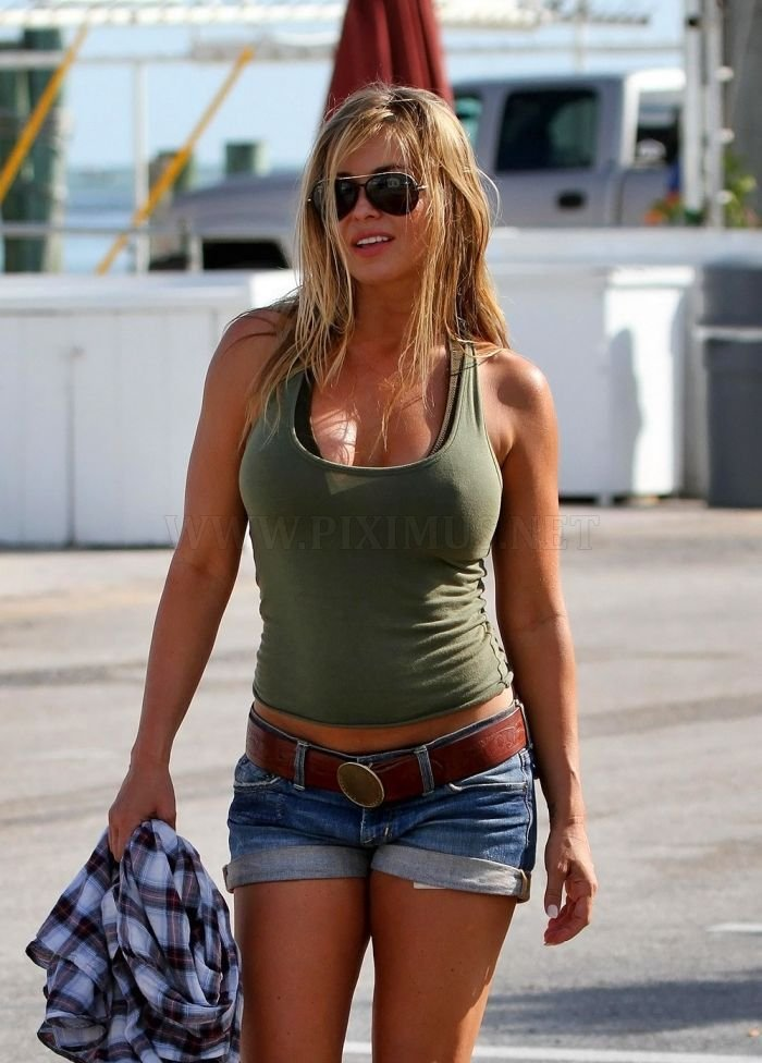 Carmen Electra in jeans shorts