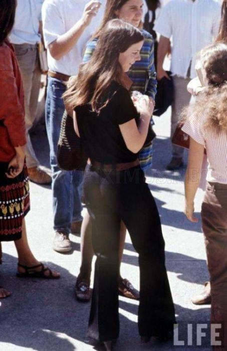 High School Fashion in 1969 , part 1969