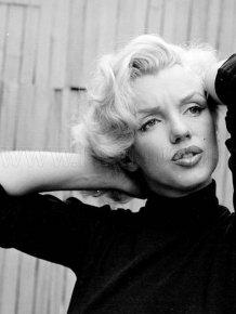 Rare black and white celebrities photos