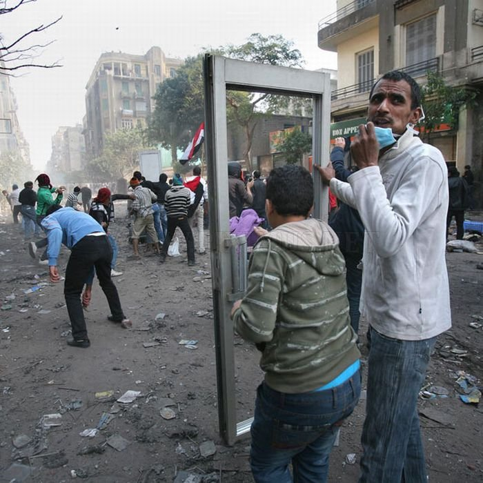 How Protesters In Egypt Protect Themselves