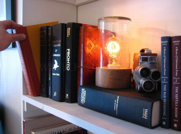 Book That Turns On the Lamp