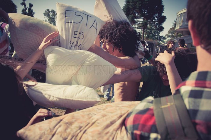Pillow War in Buenos Aires