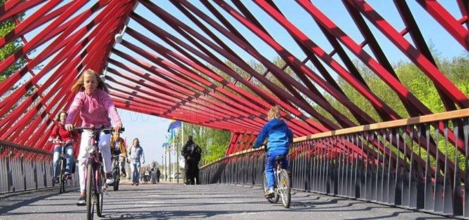 Twist Bridge in the Netherlands