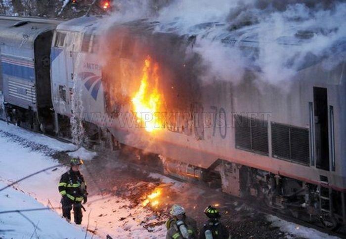 https://piximus.net/media/631/amtrak-train-fire-1.jpg
