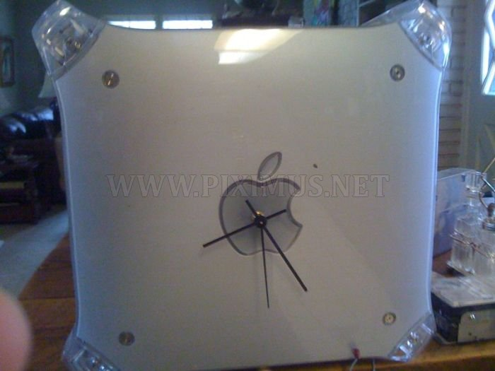 G4 Mac Wall Clock