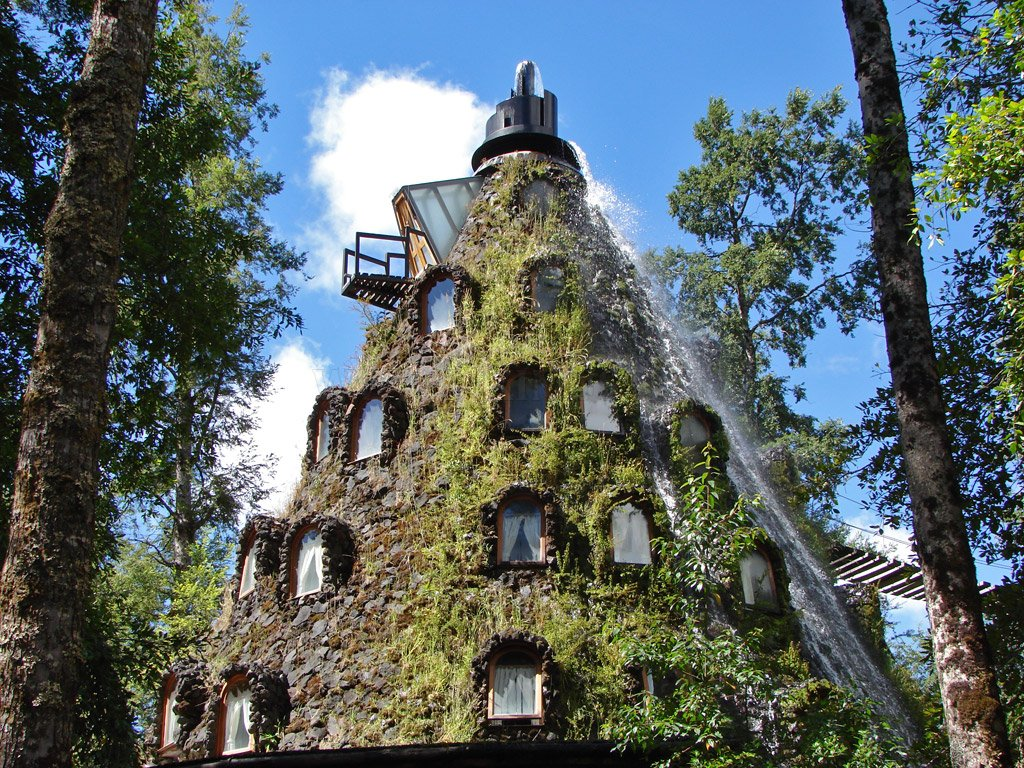 The hotel - volcano with waterfall in Chile