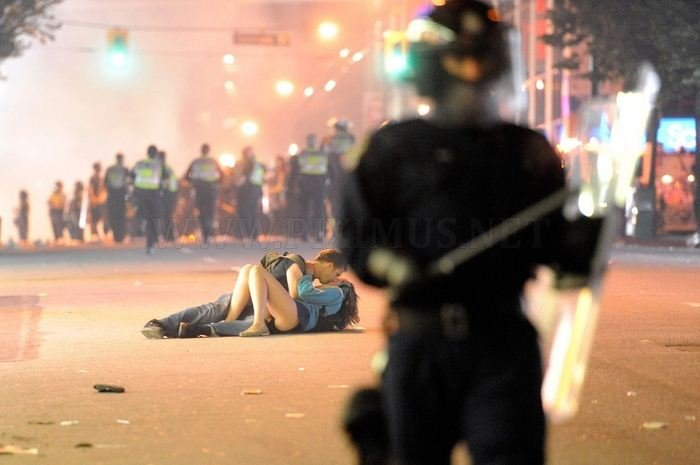 The 45 Most Powerful Images Of 2011 , part 2011