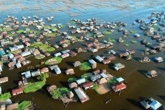 The African Venice - City-Lake Ganve