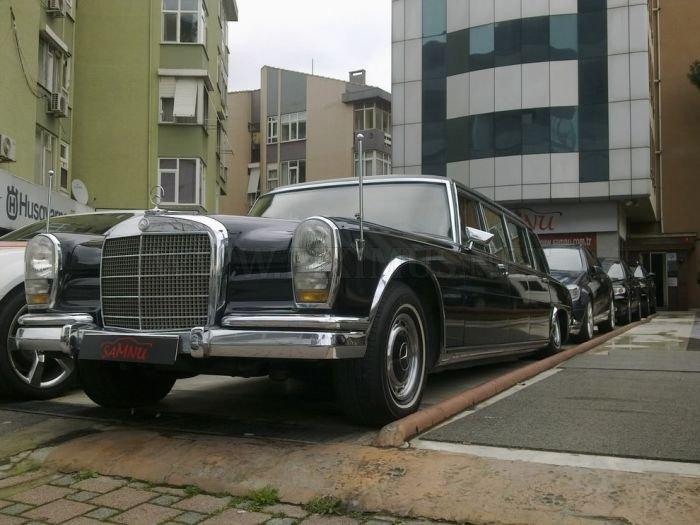 Vintage Mercedes-Benz Cars