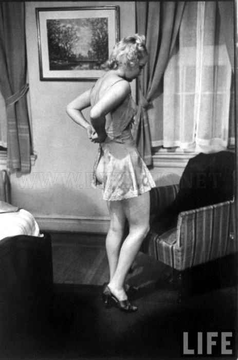 Striptease Lesson in 1937 , part 1937