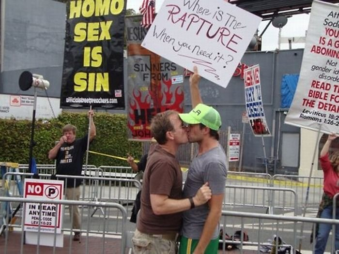 The 40 Best Protest Signs Of 2011 , part 2011