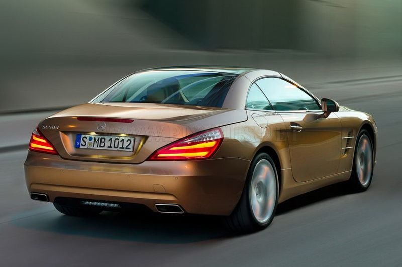 First photos of new Mercedes-Benz SL