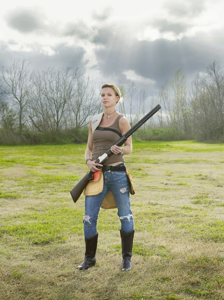 Powerful armed ladies