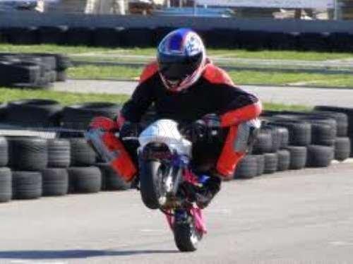 Mini Bikes Stunts Fun