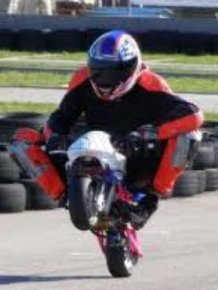 Mini Bikes Stunts