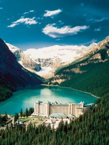 Hotel Fairmont Chateau Lake Louise in Canada