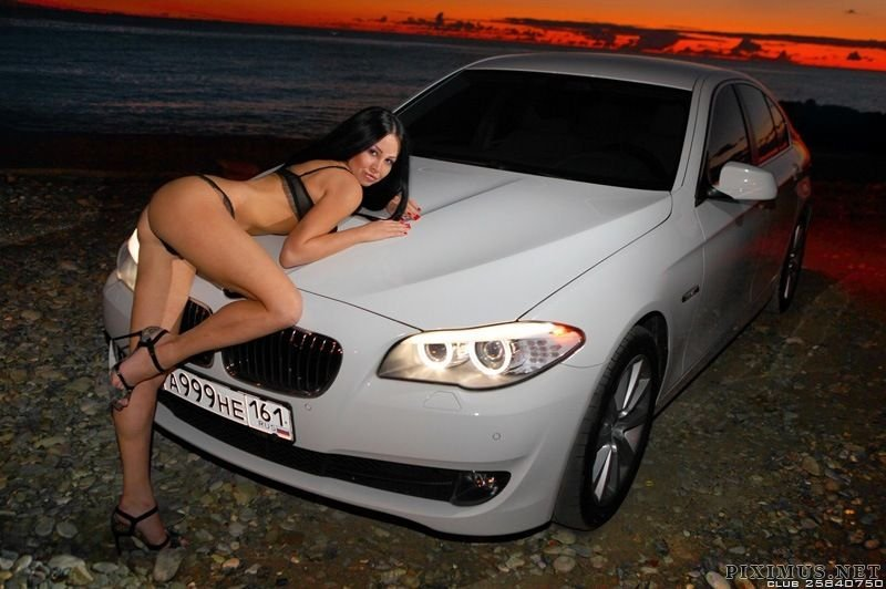 Sensual Hot chicks fast cars would