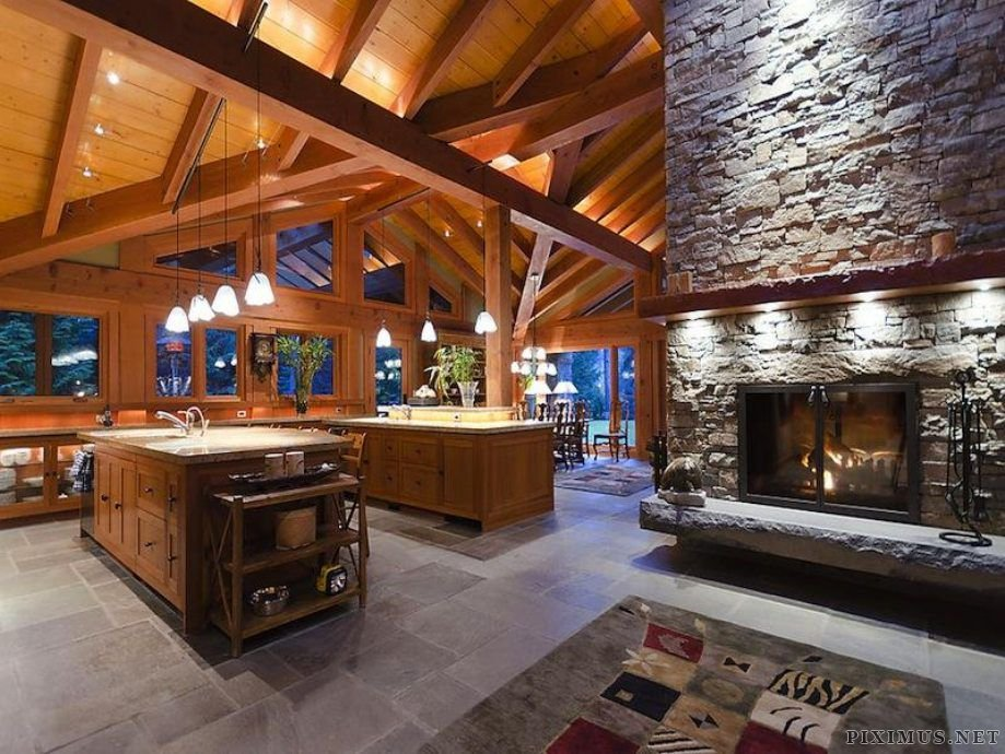 Luxury Ski Lodge In Canada Others
