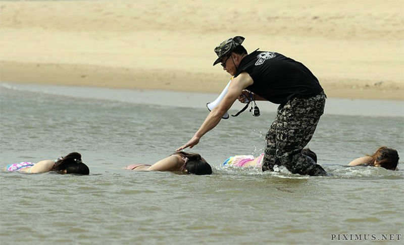 Chinese Female Bodyguard Training