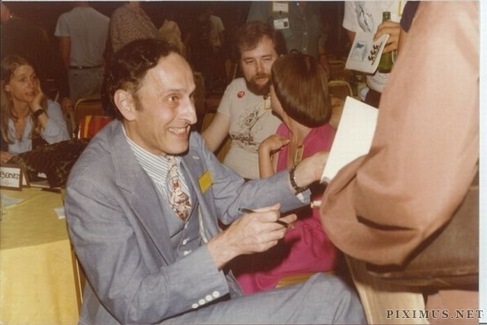 Photos From A 1980's Sci Fi Convention