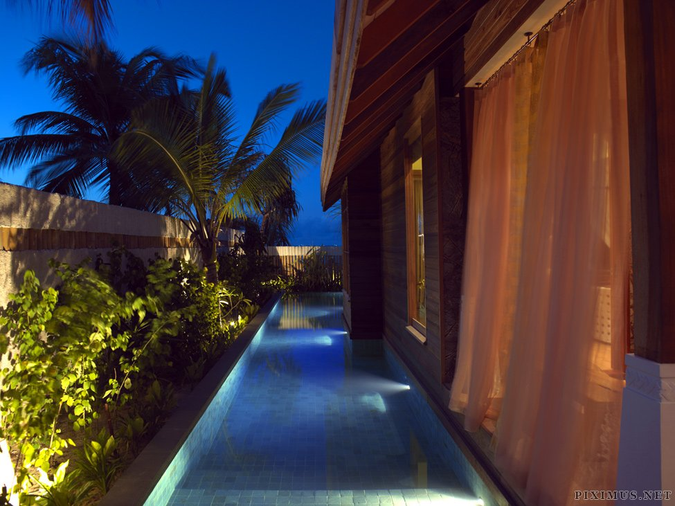 Jumeirah Vittaveli Resort - a new hotel in the Maldives
