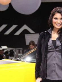 Girls of 2012 Detroit Auto Show