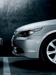 Advertising war between car brands