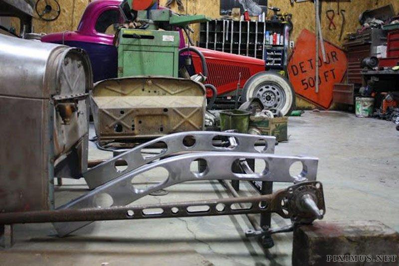 Inside Ricky Bobby's Rod Shop