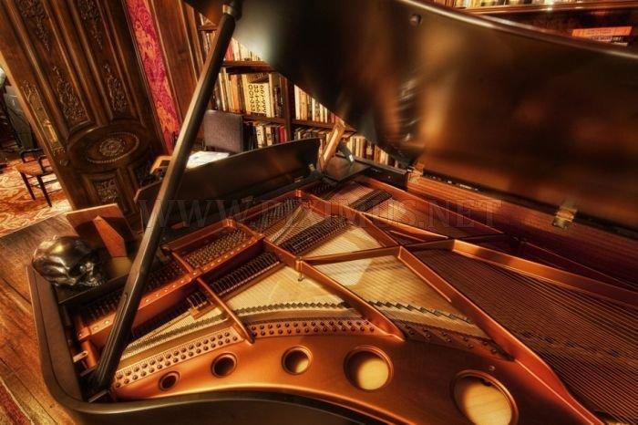 The Secret Room of Hans Zimmer