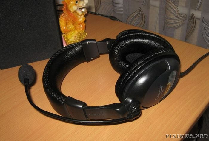 DIY Wireless Headphones with Built-In Player