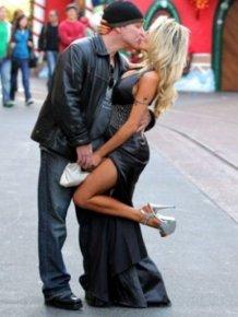 Celebrity Kissing