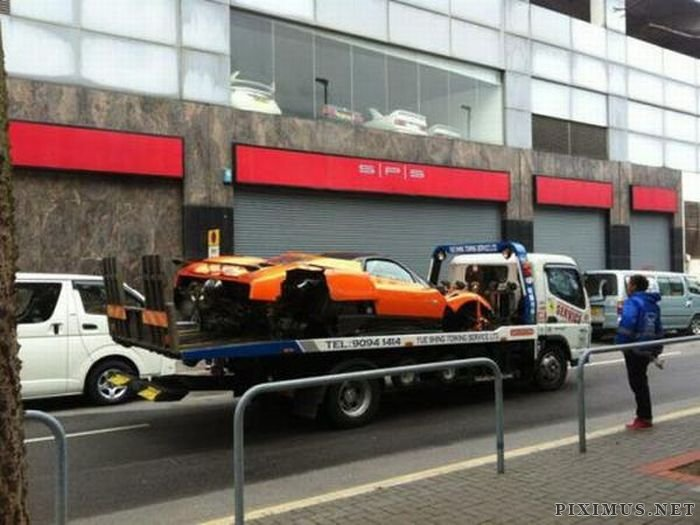 Pagani Zonda F Wrecked In Hong Kong Vehicles