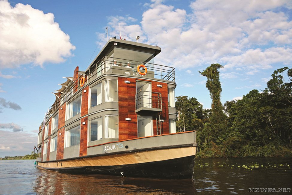 Floating five-star hotel in the Amazon
